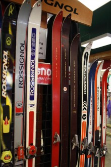 Fernie ski walk shows evolution of ski and snowboard technology